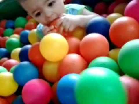 Piscina de bolinha meus bebes youtube - Piscinas para bebes ...