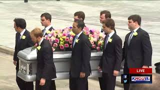 Watch: Barbara Bush's casket is placed in hearse outside St. Martin's thumbnail