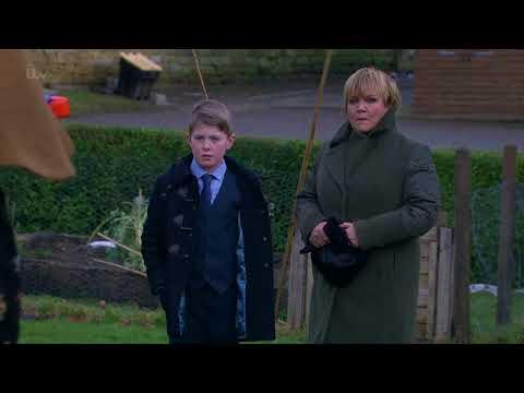 Laurel Tries to Save Face in Front of Brenda - Emmerdale