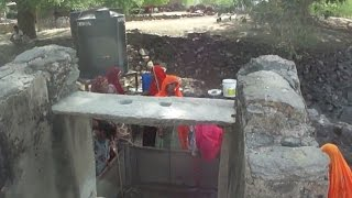 Download Video Indian village women  at well In Rajasthan , India MP3 3GP MP4