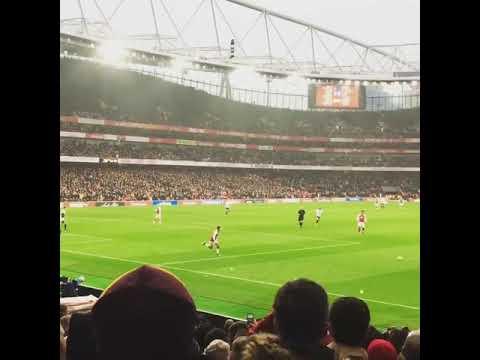 El Casi Gol de Alexis Sánchez vs Tottenham [ Emirates Stadium ]