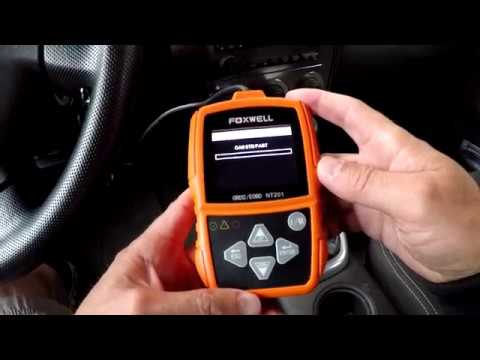 Car Code Reader Foxwell NT201 OBD II & CAN Diagnostic Scan Tool