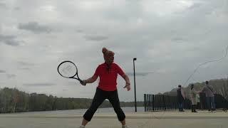 На Пасху спорт  Лестница , канат и большой теннис