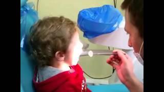 Кроха сын пришёл к отцу , сын и отец , молочные зубки , осмотр малыша ,(, 2016-03-25T17:10:26.000Z)