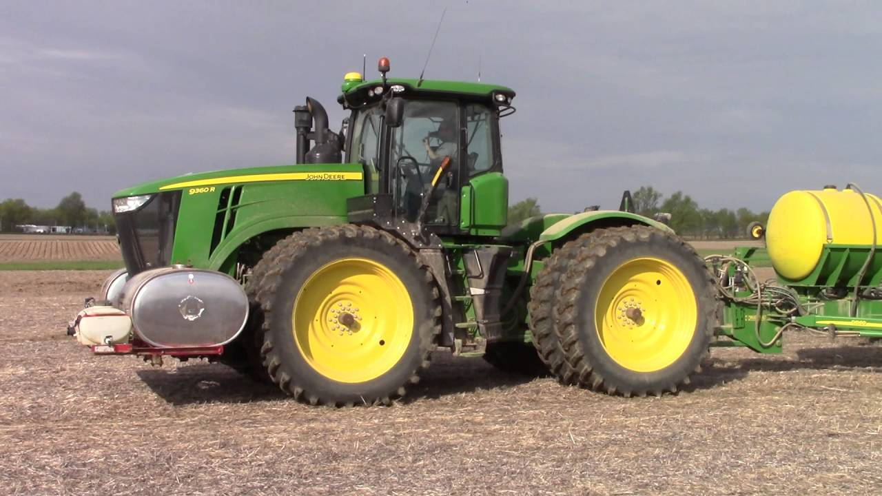 John Deere Db60 24 Row Corn Planter Youtube