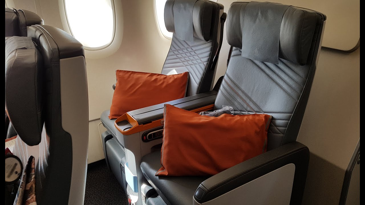 Singapore Airlines Premium Economy A380: SQ Part 2 - YouTube
