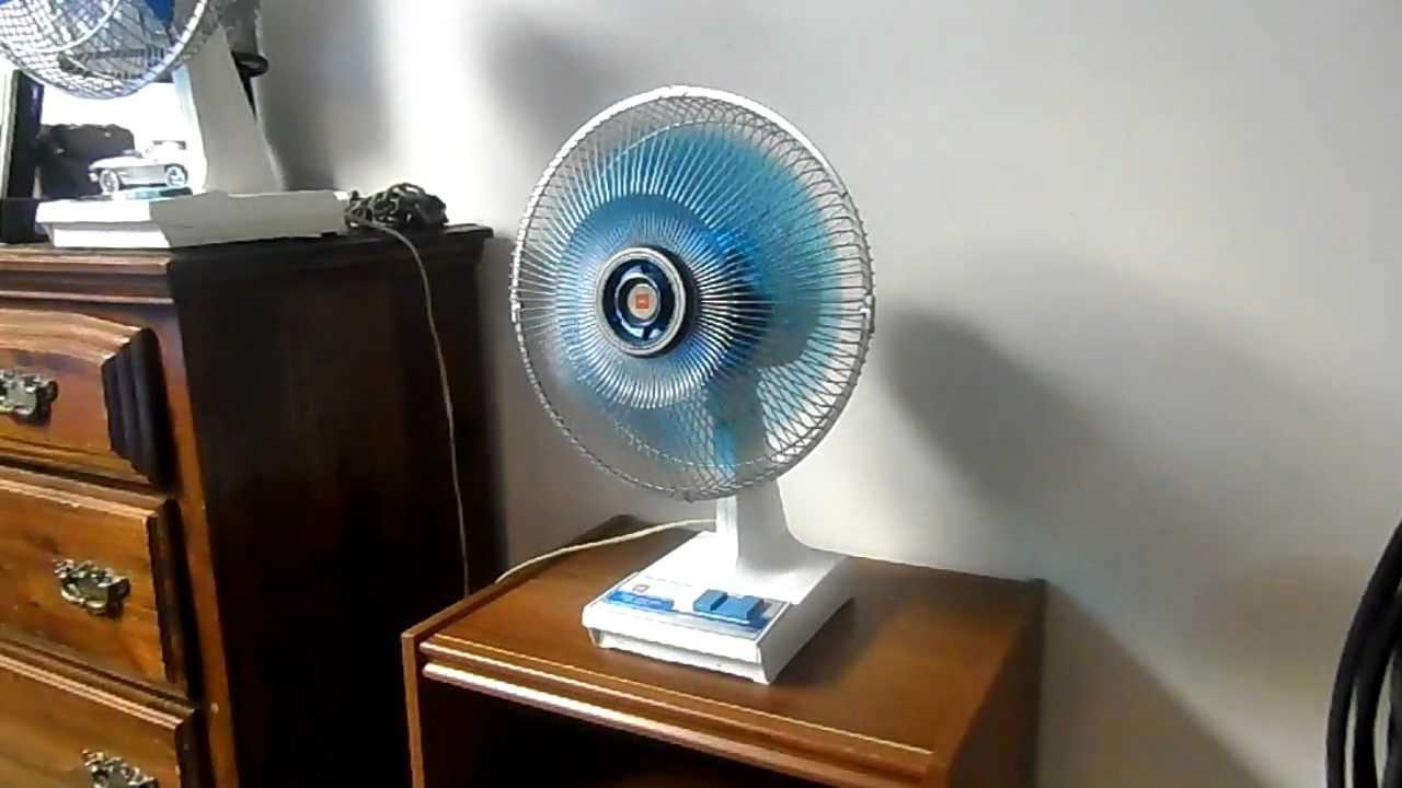 1970u0027s KDK 12u0027u0027 Table Fan W/ Blue Blades