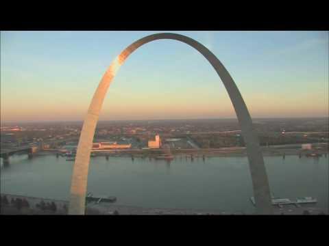 Gateway Arch Tour - A 1 minute visit