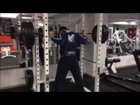 Смотреть клип Жим и Присед Хардкор в Animal Gym онлайн бесплатно в качестве