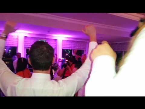 Singing Waiters Ireland Divas