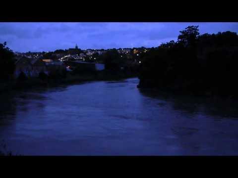 The River Avon - tidal flow at dusk