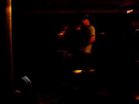 karaoke:chumba womba -i get knocked down