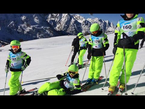 Vinehall Ski Team Competing at the IAPS Ski Championships 2017