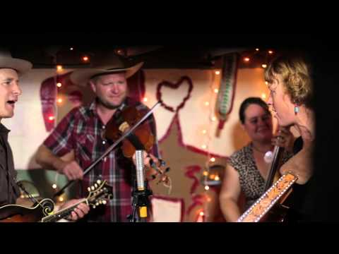 Foghorn Stringband - Been All Around This World (Live from Pickathon 2012)