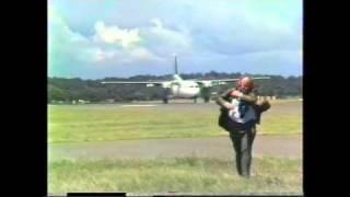 Ansett F27 at Williamtown, 1985