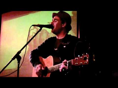 Jamie Lawson singing Love You All The Same at The Regal Room