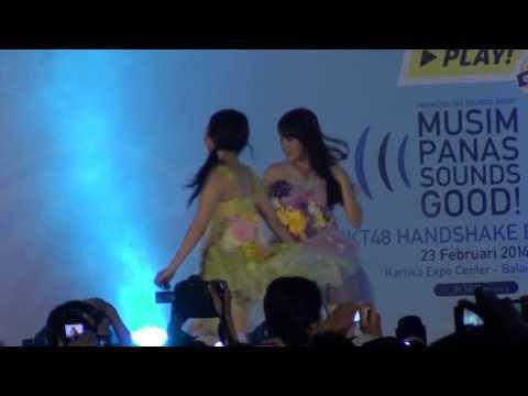 [FANCAM] JKT48 @NabilahJKT48 & @MelodyJKT48 - Hubungan Kau & Aku (Kimi to Boku no Kankei)