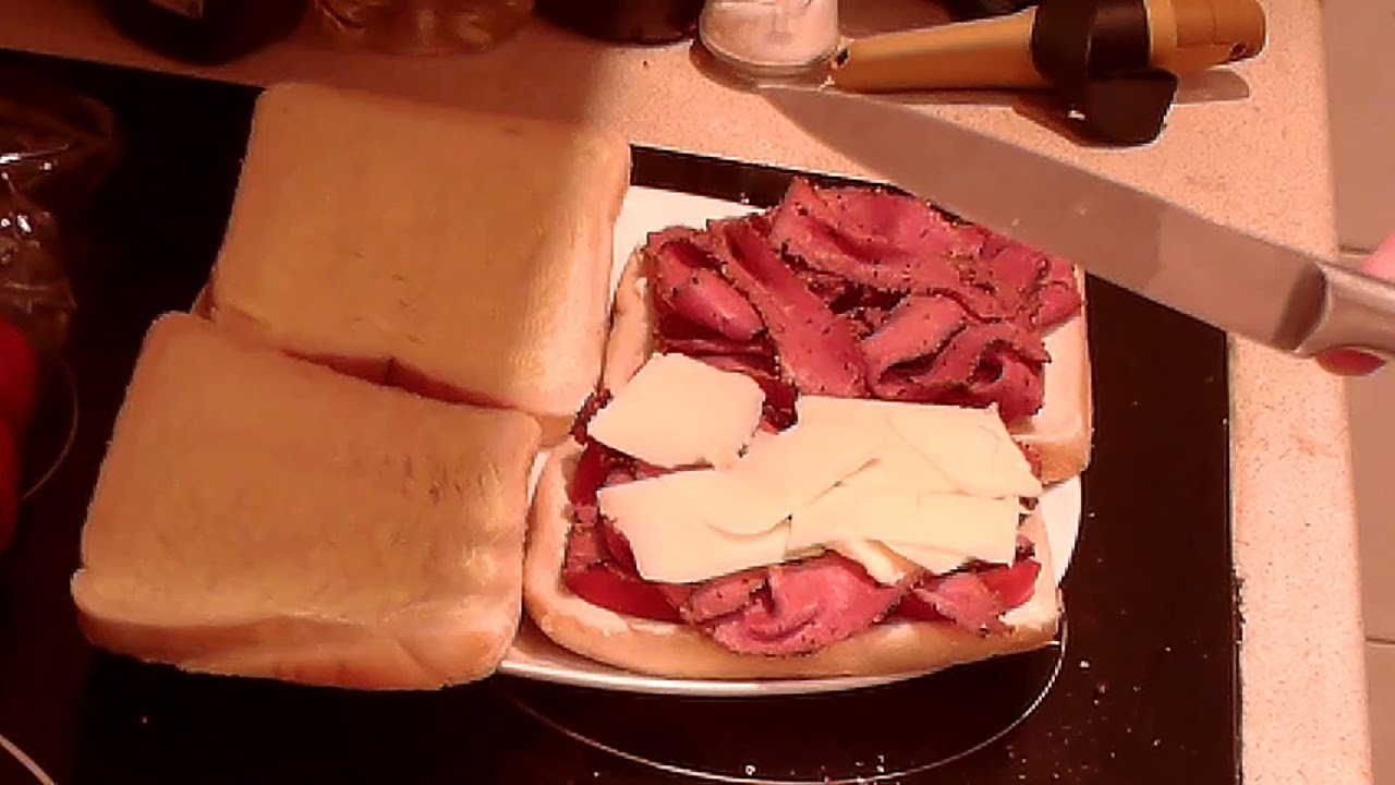 Marks REmarks - Peppered Pastrami Sandwich with Mature Cheddar Cheese, Tomato, Gherkin & Mustard