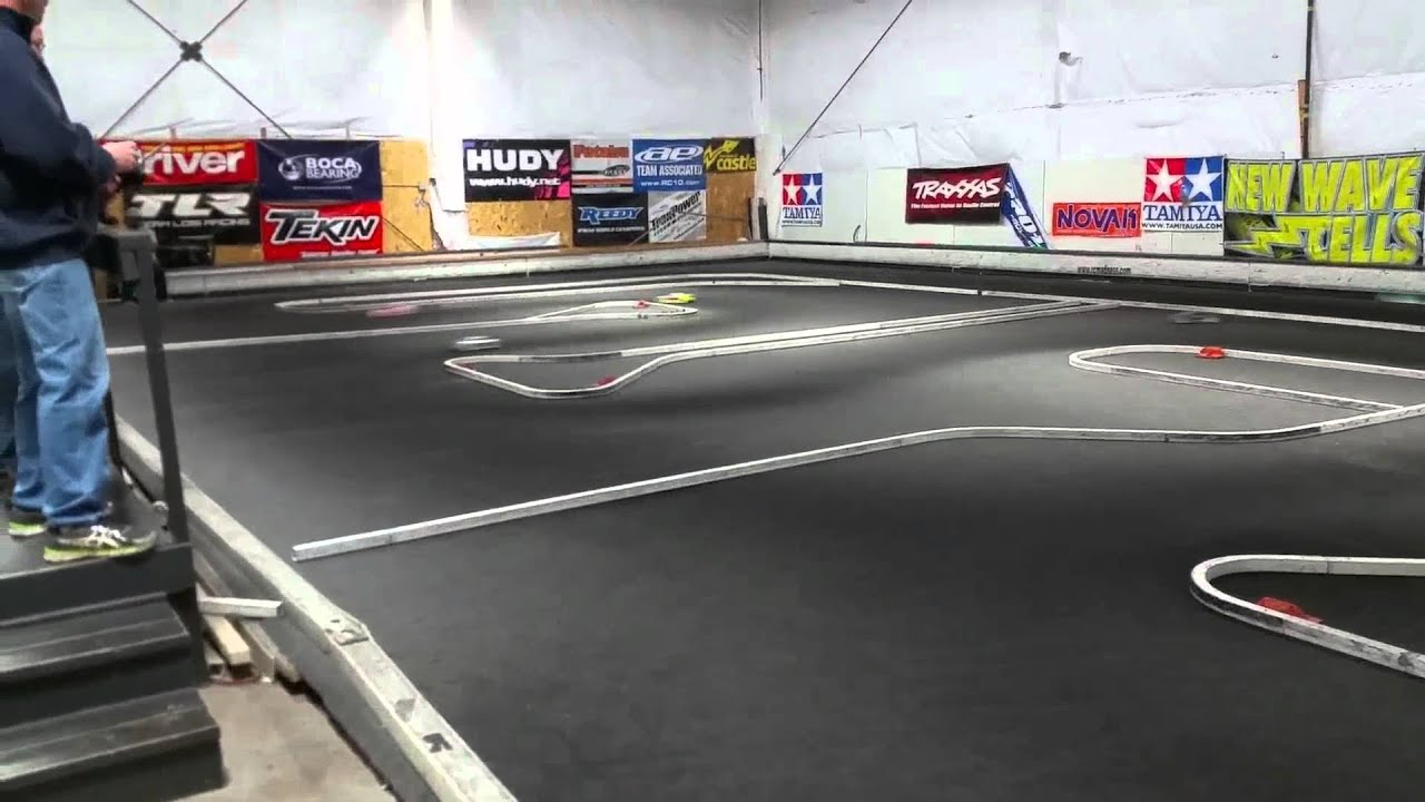 Rc carpet track racing at Rc madness in Enfield CT ,860 ...