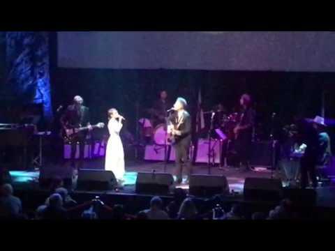 "Lyle Lovett and Kat Edmonson ""If I Needed You"" 3/12/17 Moody Theater, Austin, TX"
