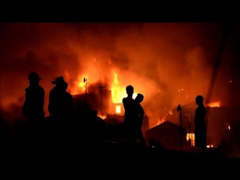 Fire engulfs Philippine slum, thousands homeless