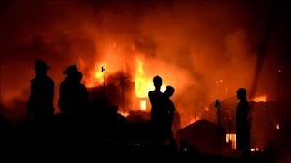 Fire engulfs Philippine slum, thousands homeless
