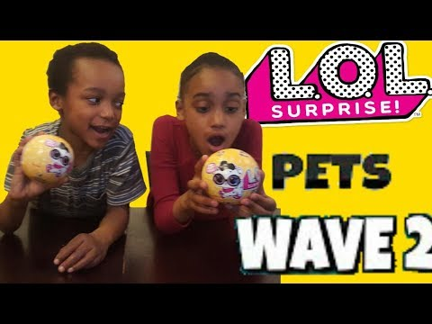 Kids Fun Open LoL Surprise Doll Pets Wave 2 Sister and brother water fight boys vs girls kid videos