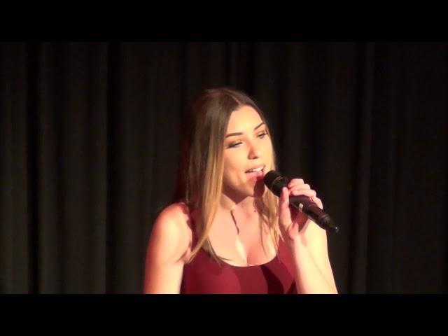 Elena Emsovska  - Singing Ain't nobody