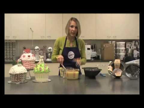 How To Make Giant Cupcake