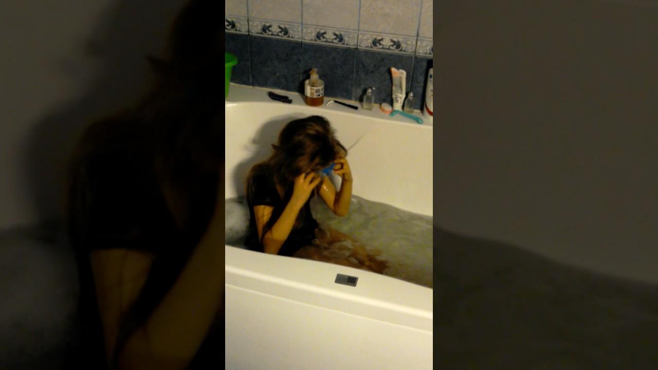 домашнее видео в ванной онлайн