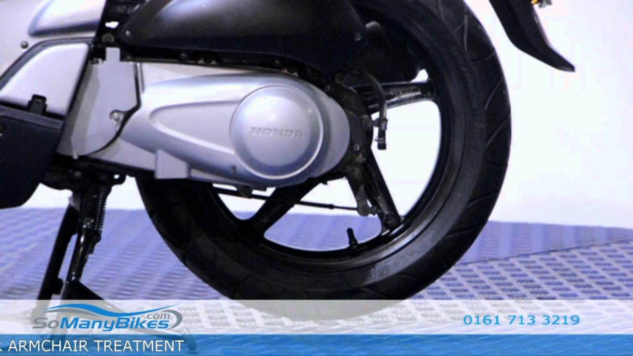 honda sh 125 overview motorcycles for sale from somanybikes com rh youtube com Moto Honda 125 Honda PCX 125