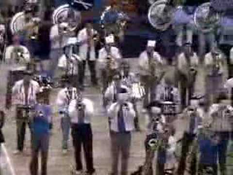 UC Davis Aggie Marching Band-uh! BTRN 2004 (Men's ...