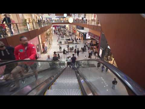 United Arab Emirates, The Dubai Mall, 10X escalator