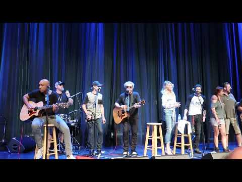 Sammy Hagar & Family W/Paul Rodgers - Finish What You Started (Acoustic ) Rock Legends Cruise VI