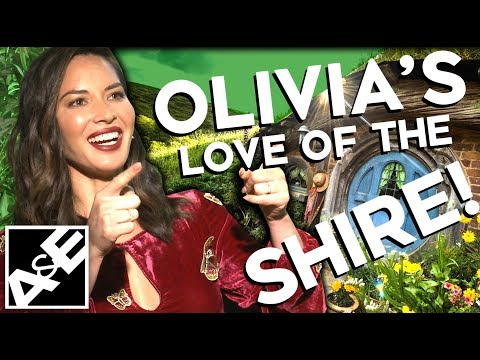 Olivia Munn's LOVE of the SHIRE!