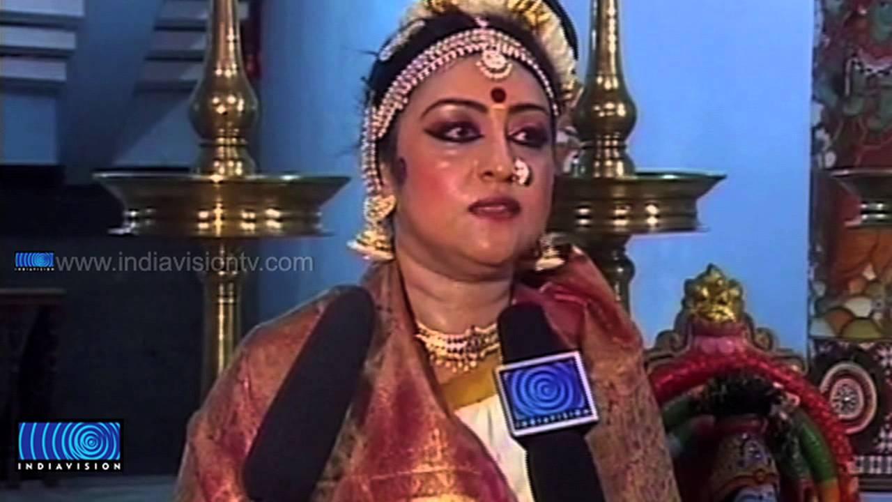 Parvathy Performs Mohiniyattam
