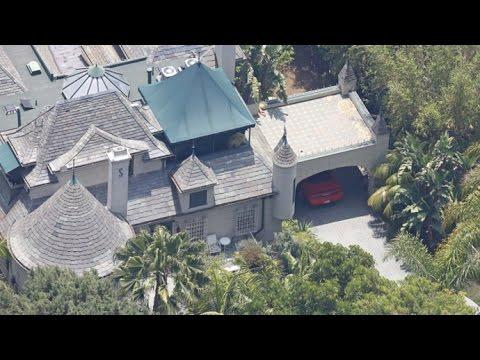 Amber Heard's Muscle Car Still Parked At Johnny Depp's ...