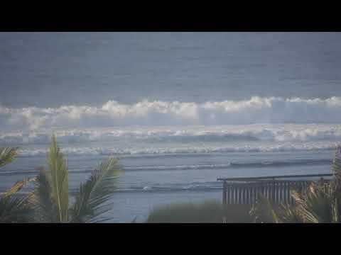 The wave height in the Indian Ocean! Before Bali Ritz-Carlton · Bali 2017 10   DSCN0924