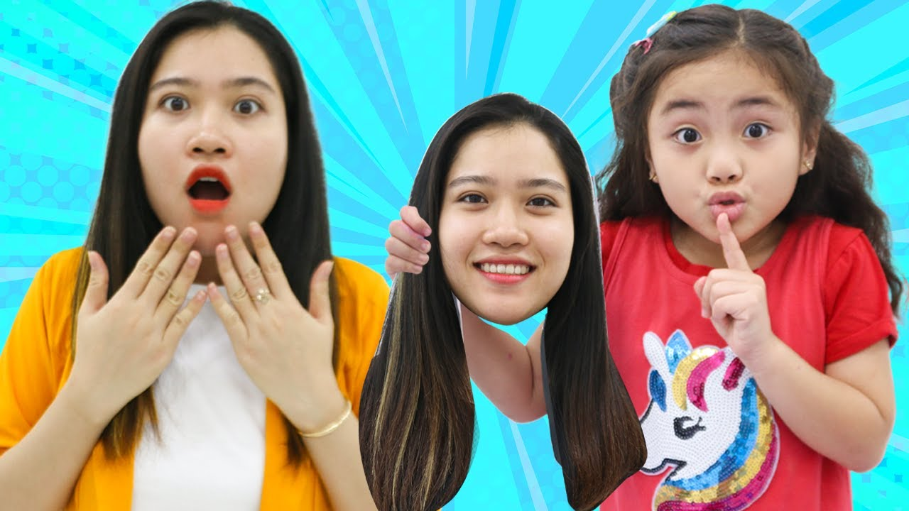Annie and Suri Pretend Play Pretend to be a Teacher at School | Funny Children Stories