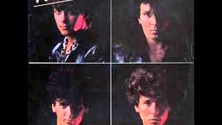 The Romantics - Open Up Your Door