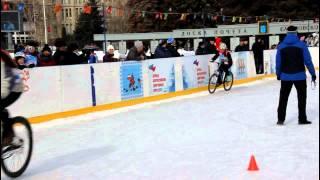 Дрифт на велосипедах по льду  Icebike 2015 в Саратове(, 2015-03-01T11:54:24.000Z)