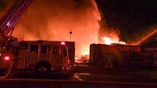 (LACo.FD & LAFD On Scene) 2nd Alarm Commercial Fire