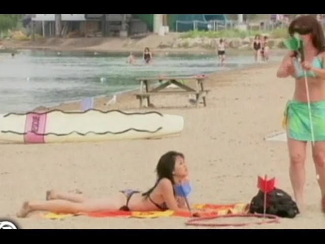 Mire Las Mejores Bromas Realizadas En La Playa Youtube