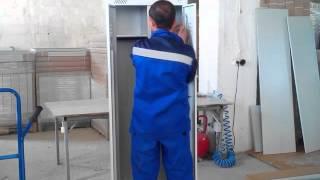 видео Металлический медицинский шкаф