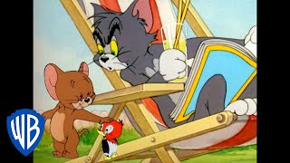 Tom & Jerry | Fixing That January Blue! | Classic Cartoon Compilation | WB Kids