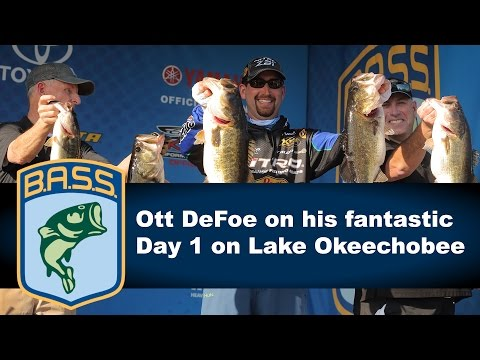 Ott DeFoe on his 31 pound Day 1 bag on Lake Okeechobee