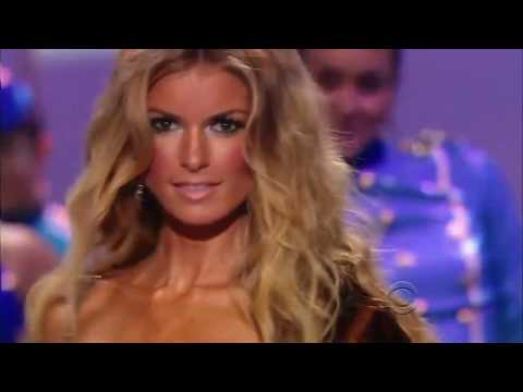 Victoria's Secret Fashion Show-Marisa Miller All Walks