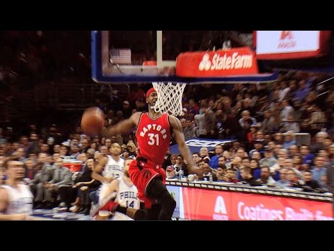 Terrence Ross Throws Down the Windmill | 12.14.16