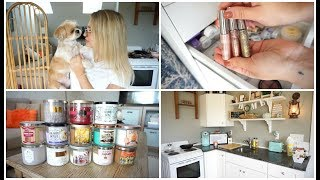 Vlog:  FALL CANDLE COLLECTION + HUGE MAKEUP GIVEAWAY