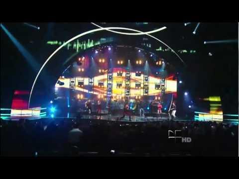 Chino y Nacho - Tu Angelito (Pepsi Music Super Bowl Fan Jam) Live 2011